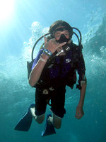 gallery-maui-scuba-photos-kid-diver-shaka-ba
